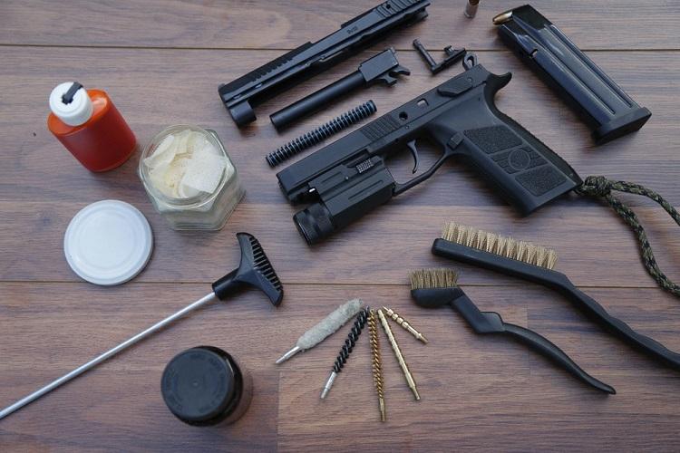Can You Use Vinegar to Clean a Gun?
