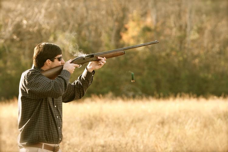 Rifle or Shotgun for Hunting?